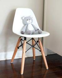 Kit com 4 cadeira Eames Flórida Kids