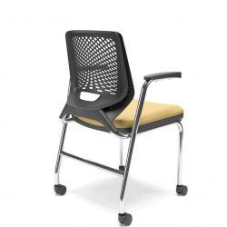 Cadeira Aproximação Beezi 4 pés cromados com braços e rodizios