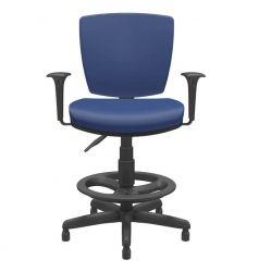 Cadeira Caixa Multi Regulável Altrix com braços reguláveis